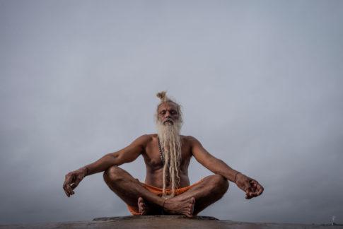 Sadhu Orando Ganges